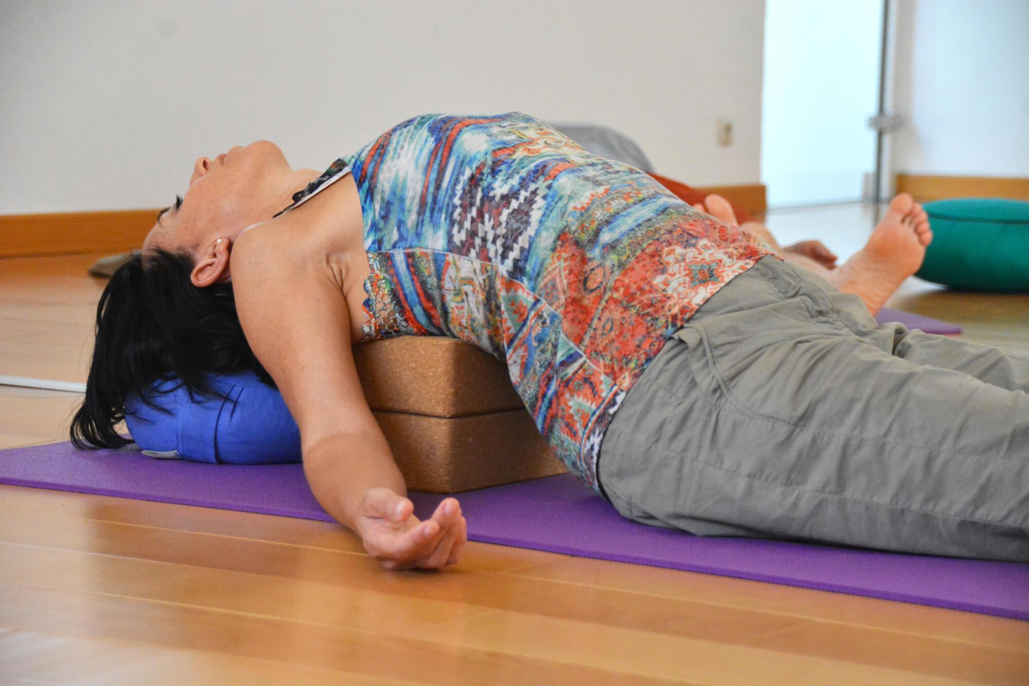 Yoga briques cours collectifs